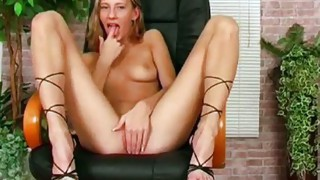 Solo Girl;Masturbation;Caucasian;Vaginal Masturbation;Toys;Shaved;Office;Secretary;High Heels