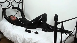 amateur,blowjob,hardcore,latex,masturbation,nylon