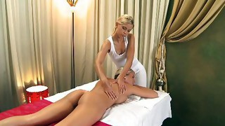 Lesbian;Masturbation;Teen;Blonde;Caucasian;Vaginal Masturbation;Massage