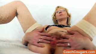 blonde,fetish,fingering,hd,mature,mom,older,toys,wife