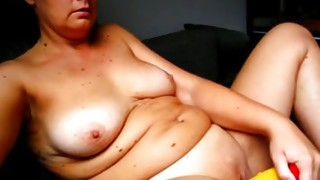 Solo Girl;Masturbation;Mature;Chubby;BBW